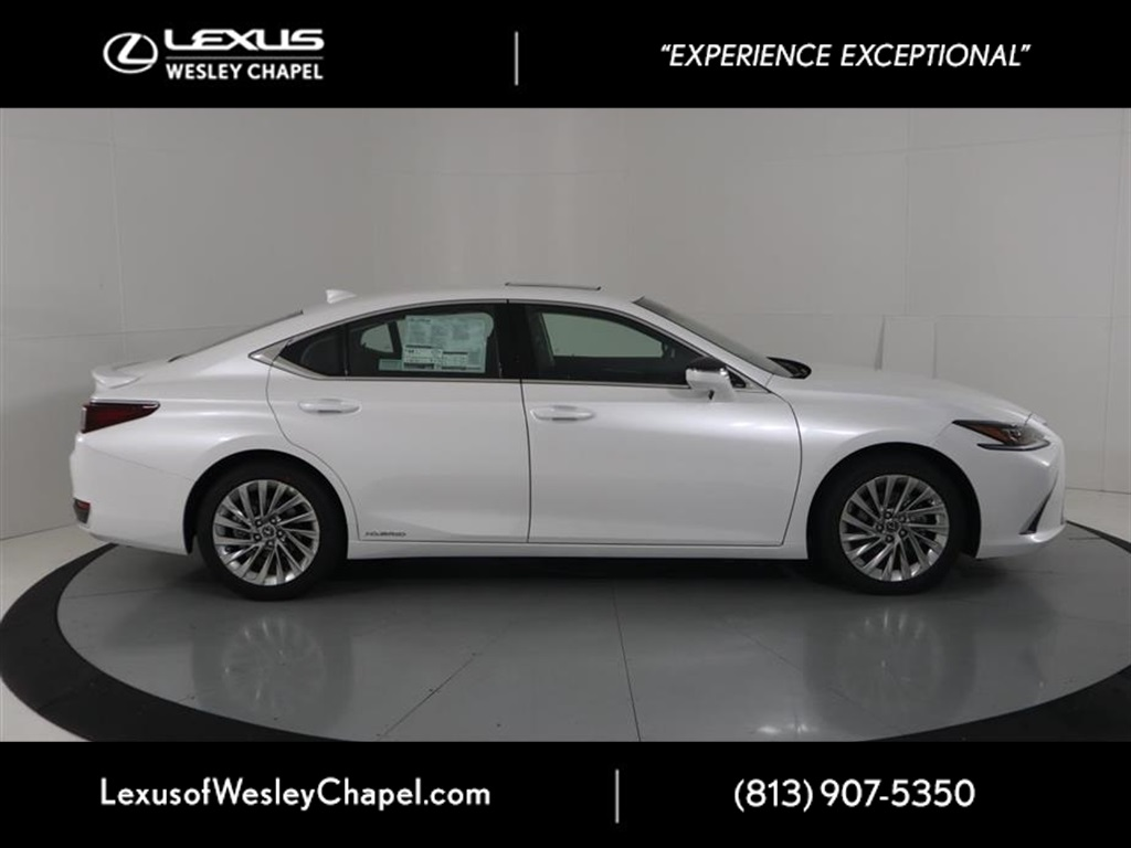 New 2019 Lexus ES 300h ULTRA LUXURY 300h