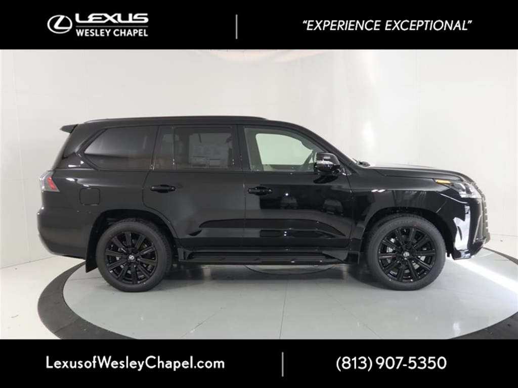 New 2019 Lexus LX 570 THREE-ROW 570